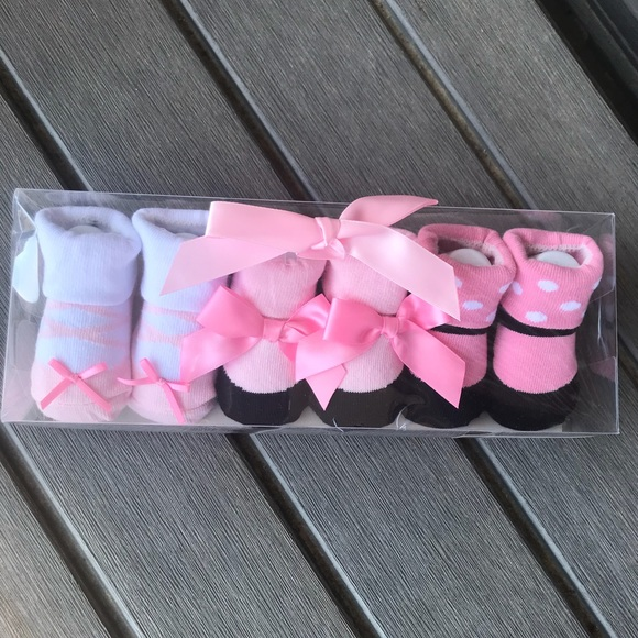 Luvable Friends Other - 3 BABY GIRL SOCKS PINK  (0-9MONTHS) SET NEW W TAGS